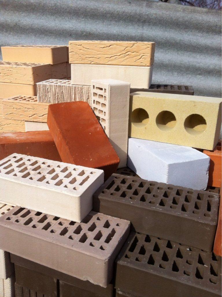 Преимущества и недостатки керамического кирпича